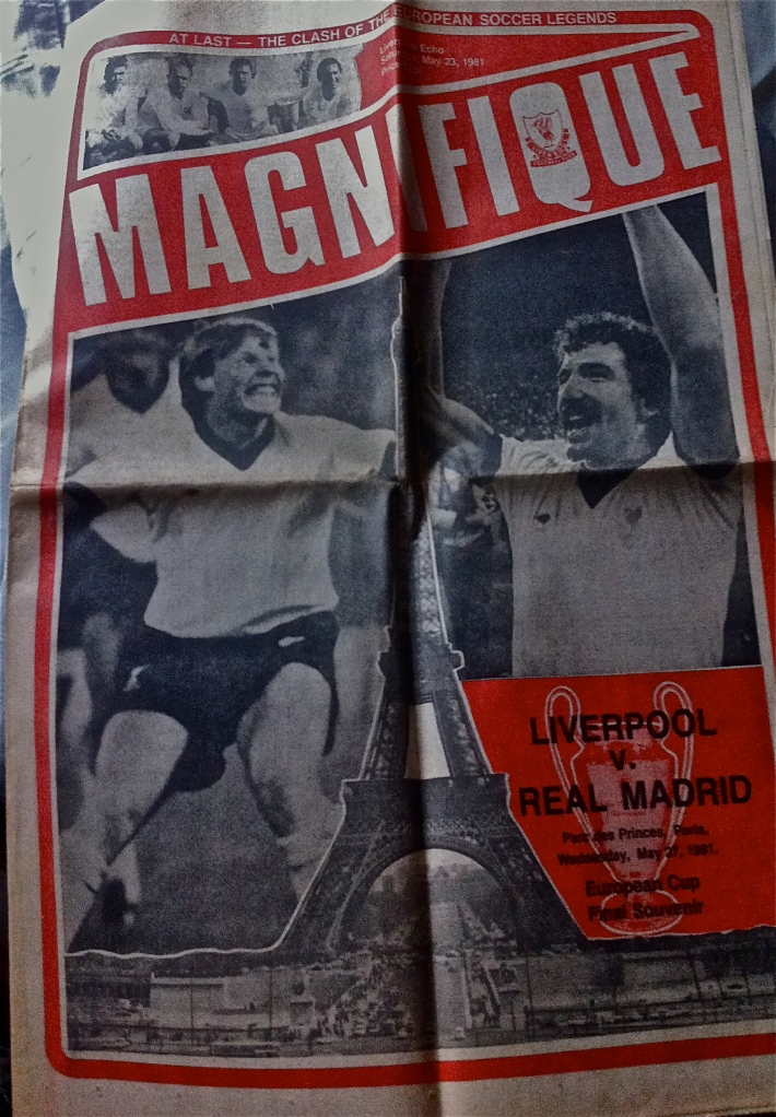 Liverpool Echo broadsheet size pull-out supplement